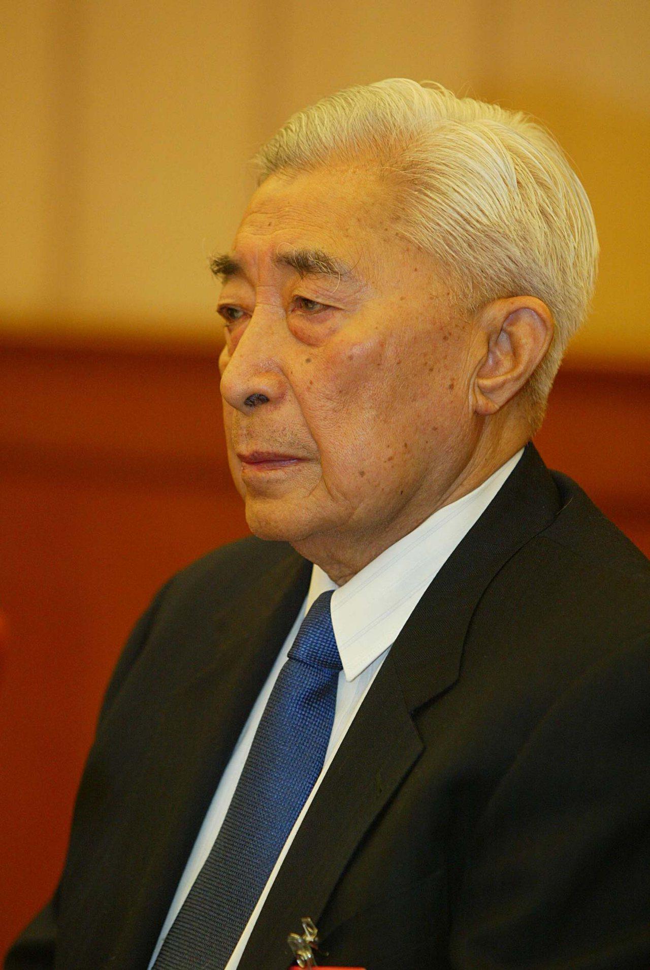 北京大學前校長丁石孫12日在北京病逝,享年93歲。 中國新聞社