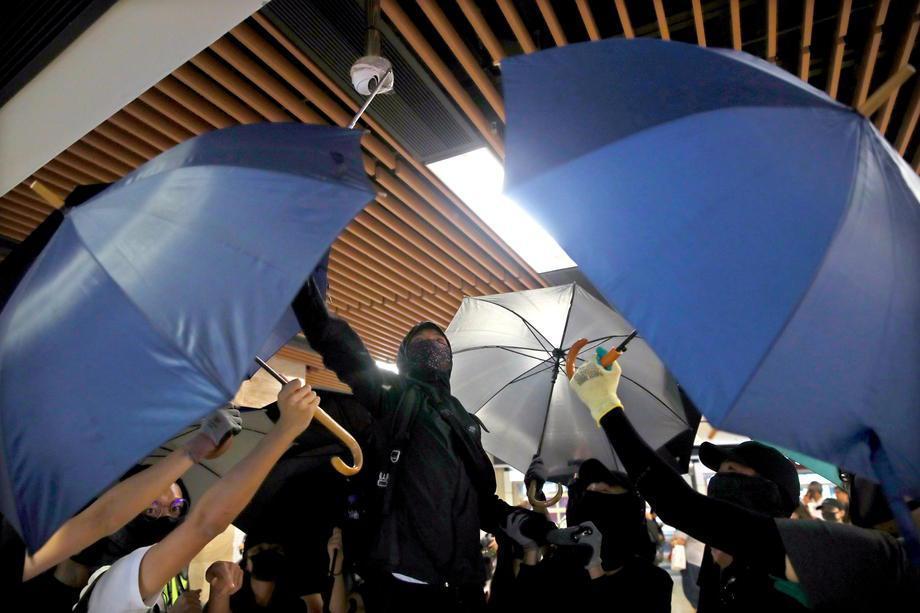 香港「反送中」示威者14日舉行的集會獲港警發出不反對通知書。圖/歐新社