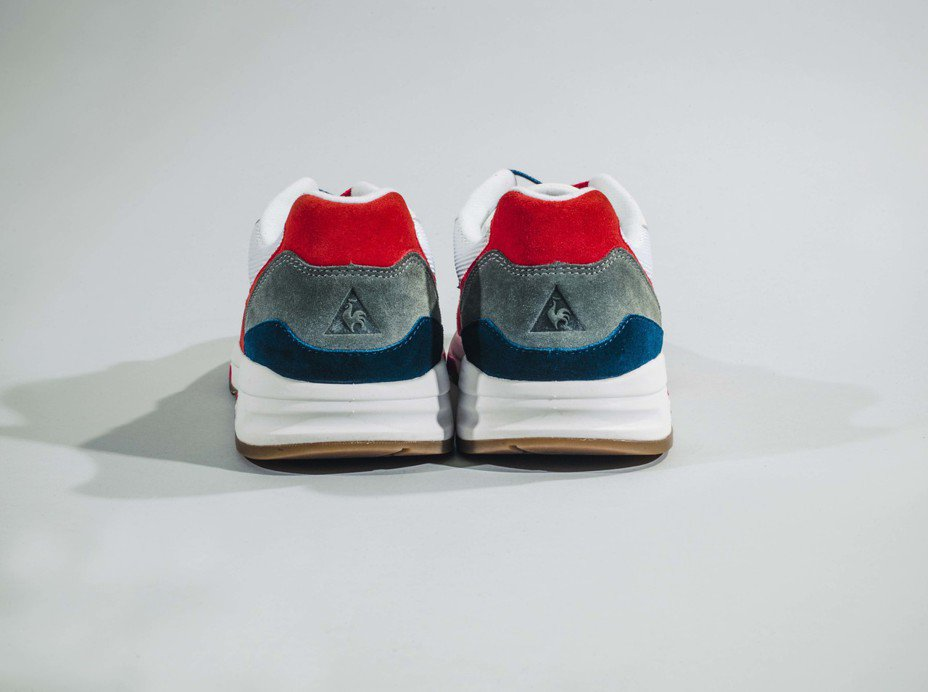 le coq sportif與Club 75聯名系列LCS R800鞋款鞋面網布材質與麂皮拼接。圖/滿心提供