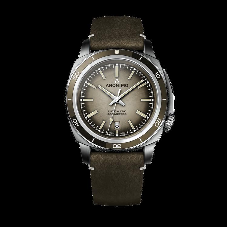 ANOMIMO皇家海軍復古系列腕表,不鏽鋼表殼搭配陶瓷表圈,約79,800元。圖...