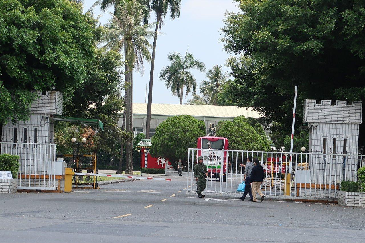 位於屏東市大武營區即將搬遷,未來興建高雄榮民總醫院。圖/本報資料照