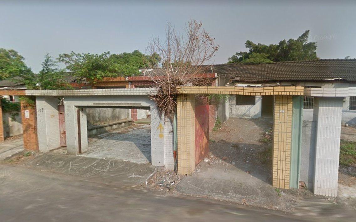 高雄陳姓男子等3人去年2月間為了避寒流,躲進左營區合群新村的廢棄房屋,被海軍報警...
