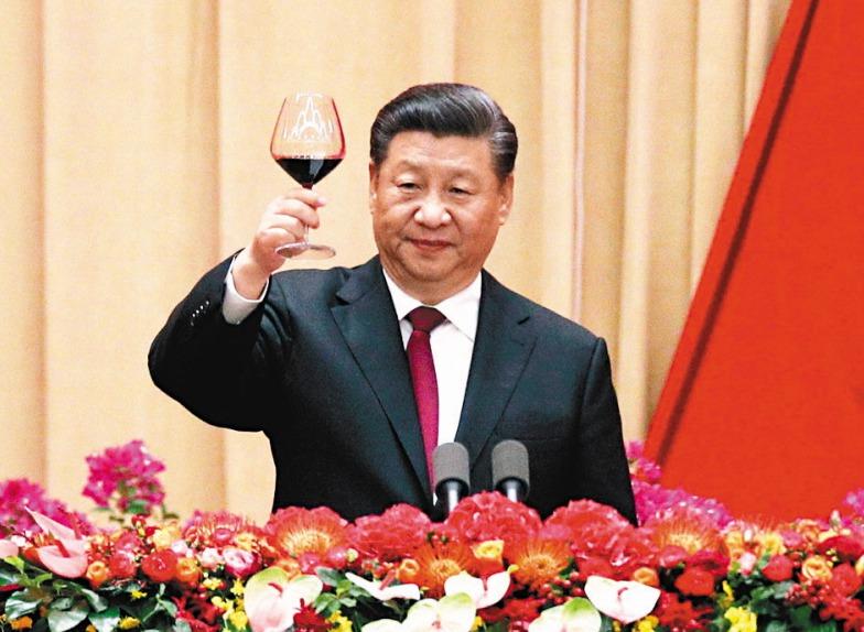 中共總書記習近平日前出席慶祝「建政七十年」招待會,並發表談話。 (美聯社)