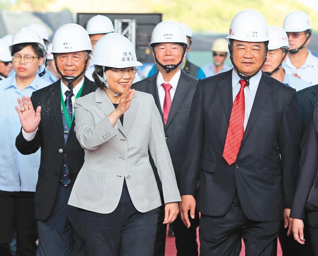 蔡英文總統日前出席離岸風電廠辦啓動儀式。 圖/聯合報系資料照片