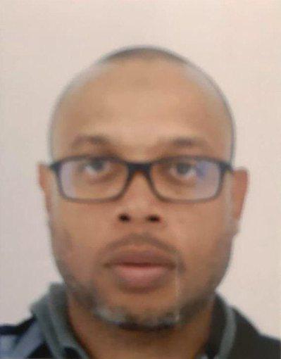 45歲的阿爾彭是巴黎警署的電腦專家,在3日犯下攻擊事件。 (法新社)