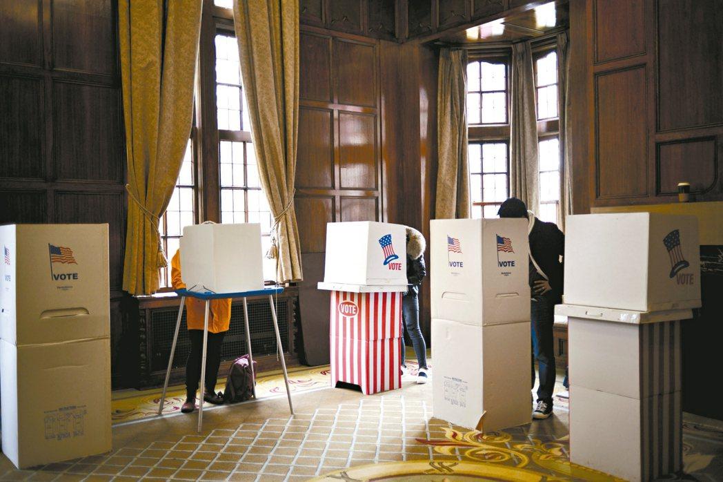 維護美國2020年總統大選公正性的其中一條前線,就在伊利諾州春田市的小商城。伊利...