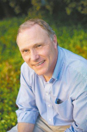 柏克萊加州大學教授卡德(David Card)