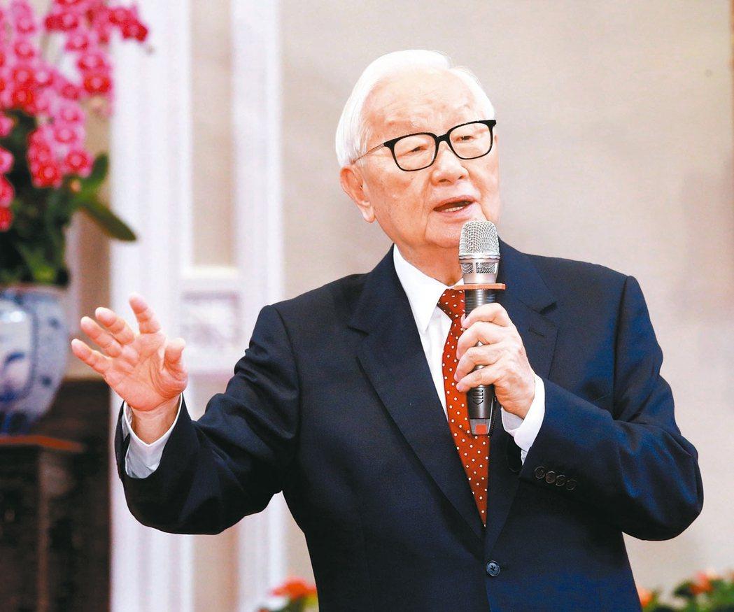 台積電創辦人張忠謀再次擔任亞太經濟合作會議(APEC)領袖代表。 記者黃義書/攝...