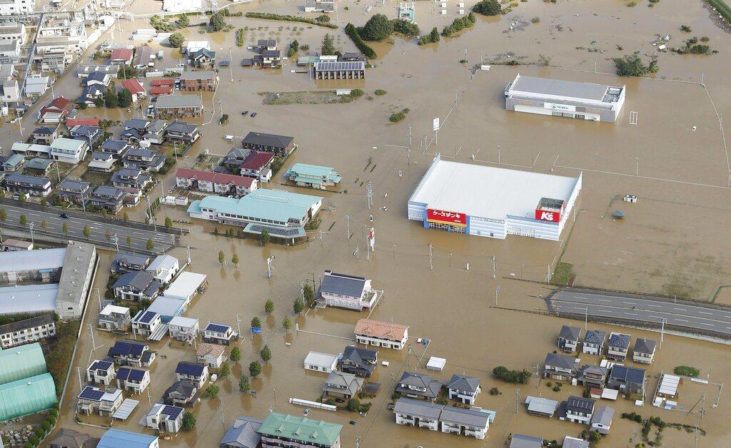 哈吉貝颱風重創日本關東地區。 美聯社