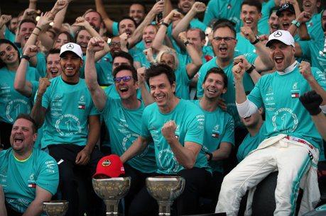 F1/日本大獎賽 不畏颱風攪局Mercedes達成車隊冠軍六連霸!