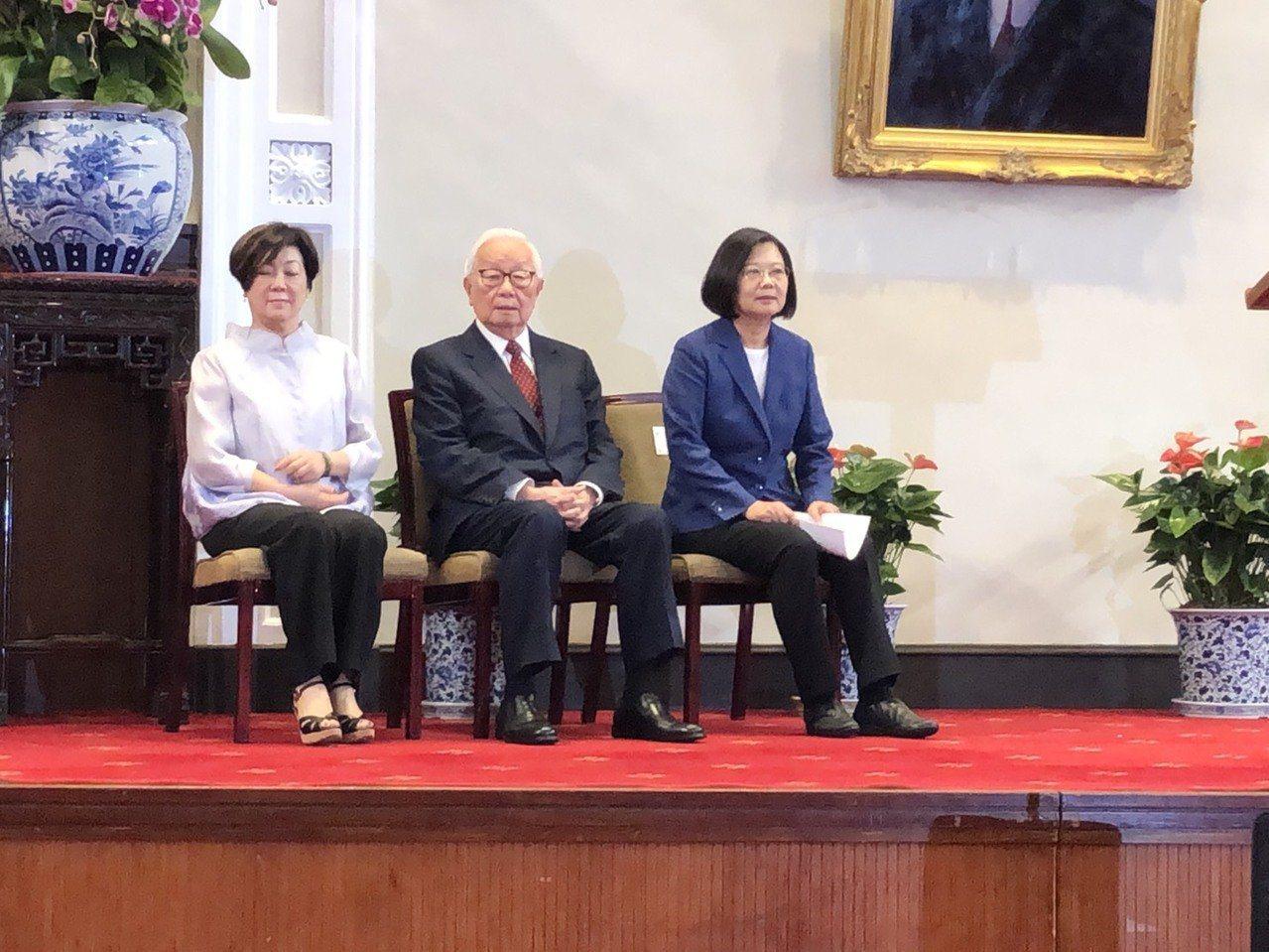 總統府發表將由台積電創辦人張忠謀擔任亞太經合會(APEC)我國領袖代表。報系資料...