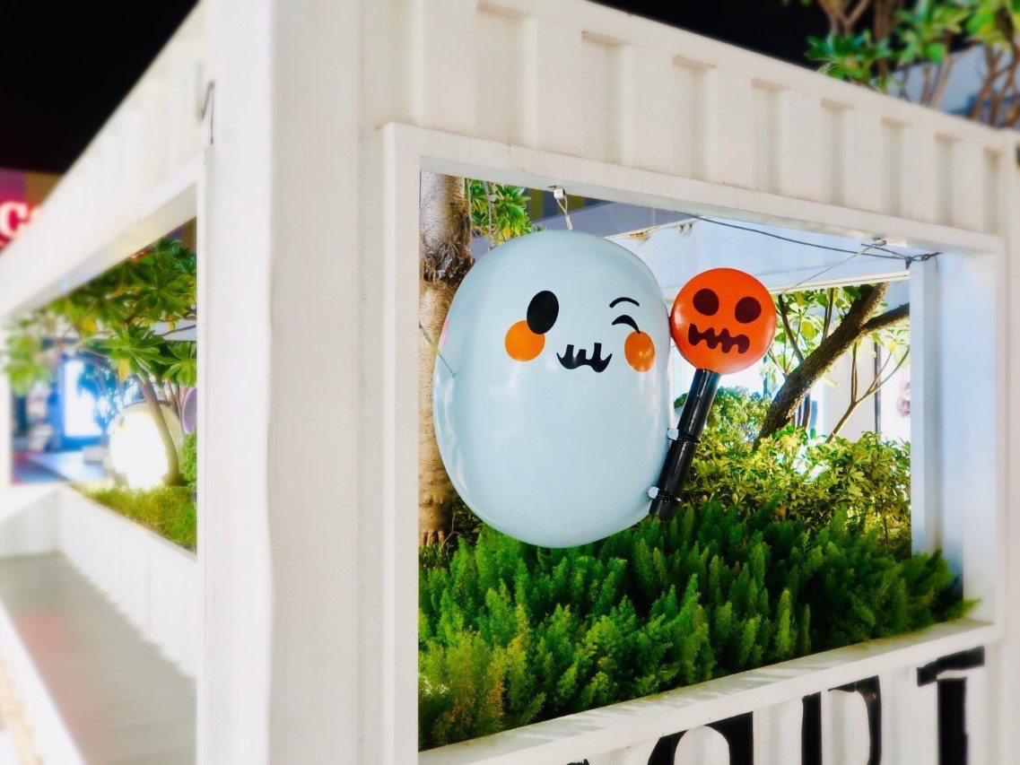 台中港三井outlet將辦萬聖節活動,角落就有幽靈可拍照。圖/三井outlet提...