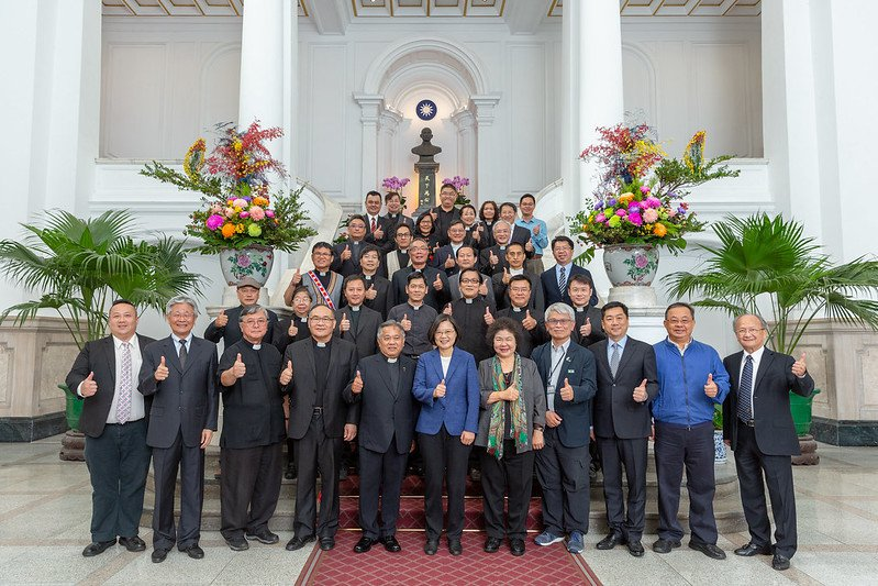 蔡英文總統今接見「台灣基督長老教會總會教會與社會委員會」成員。圖/總統府提供