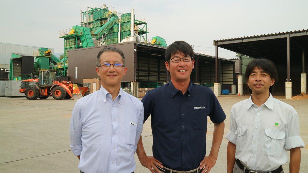 綠能發電會津電廠靠瀧澤、齋藤、香月(左而右)三人四腳打造,也加速了日本生職能發電...