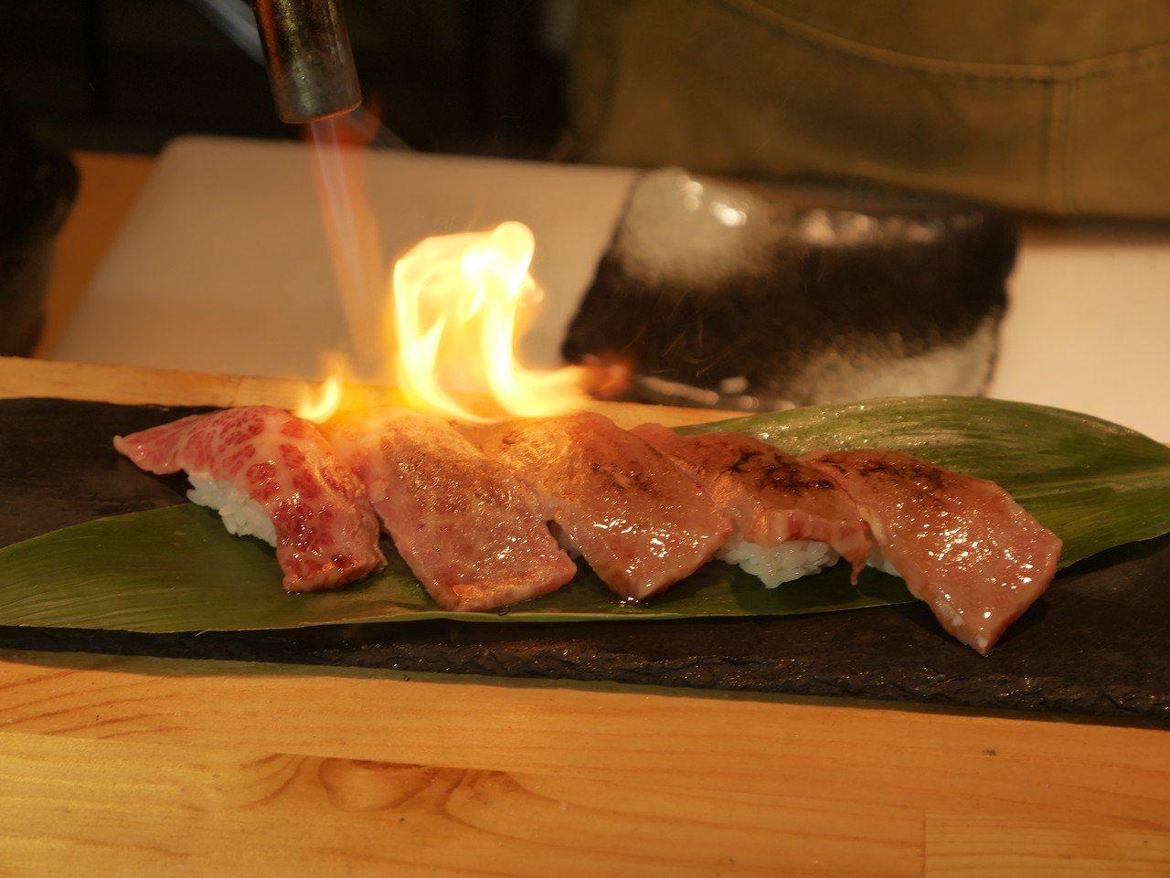 母和牛肉質清爽,直火,一點醬汁就可以引出很漂亮的風味。 記者吳淑君/攝影