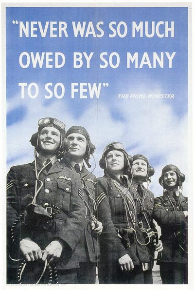 二次大戰英國的宣傳海報,以戰機飛官為主題,上方是邱吉爾讚揚他們的名言。 圖/取自...