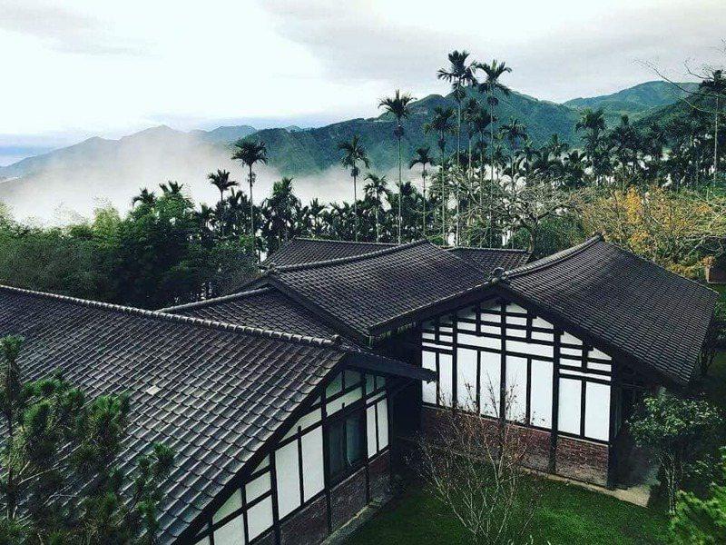 何培鈞保存百年老屋,並打造成「天空的院子」民宿。圖片來源:天空的院子粉專