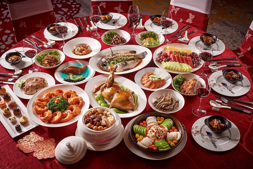 台北美福大飯店春酒尾牙宴會廳桌菜。業者/提供