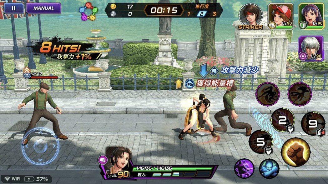 玩家將以3位角色組成隊伍,以簡單操作模式攻擊戰鬥。