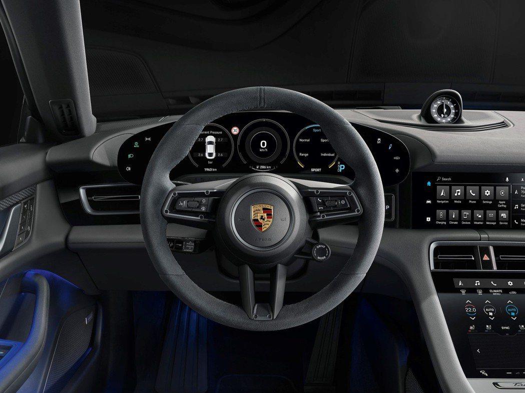 Porsche Taycan 4S 車型標準配備部分皮革內裝與8向電動調整舒適雙...