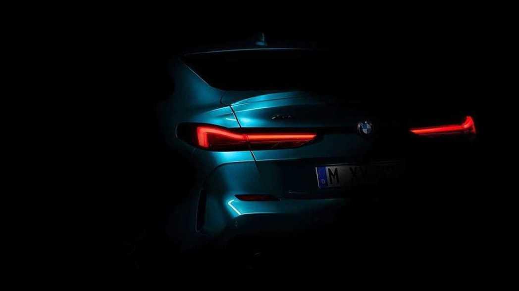 全新BMW 2 Series Gran Coupe (F44) 車尾剪影。 摘自...