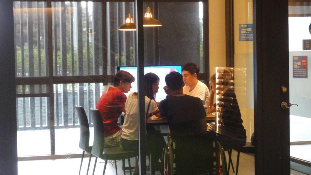 香港民眾看好台灣居住品質,選擇在台灣置產與居住。圖/倪子仁提供