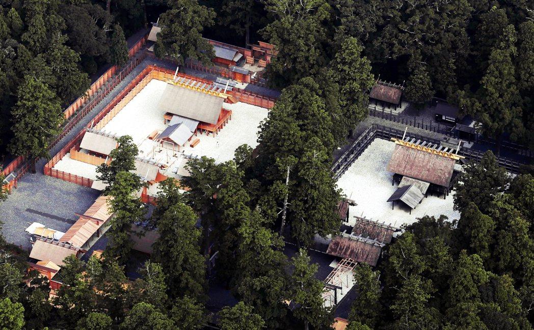 伊勢神宮的所在地多半為森林,佔地超過5,500公頃,圖為伊勢神宮的境內局部。 圖...