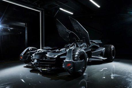 影/想買輛蝙蝠車?口袋夠深戰鬥民族就賣給你!