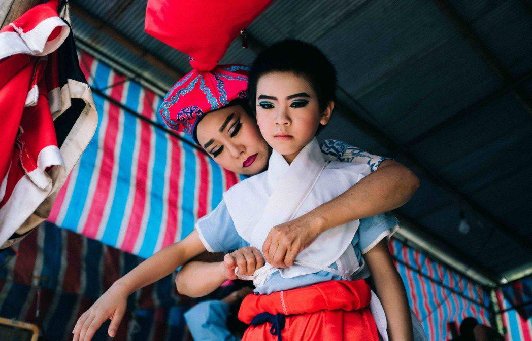 呂雪鳳與李英銓「那個我最親愛的陌生人」互動真實而溫馨,雙雙提名今年金馬獎最佳女主