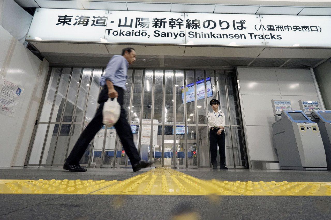 JR東日本及JR西日本宣布,持有北陸新幹線的乘客可以從金澤改搭經由東海道新幹線前...