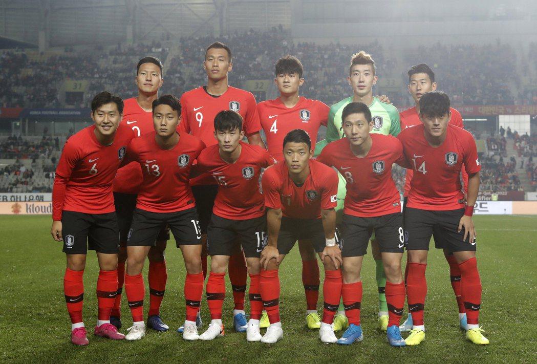 南韓國家足球隊將到北韓比賽,稱得上孤軍奮戰。美聯社資料照片