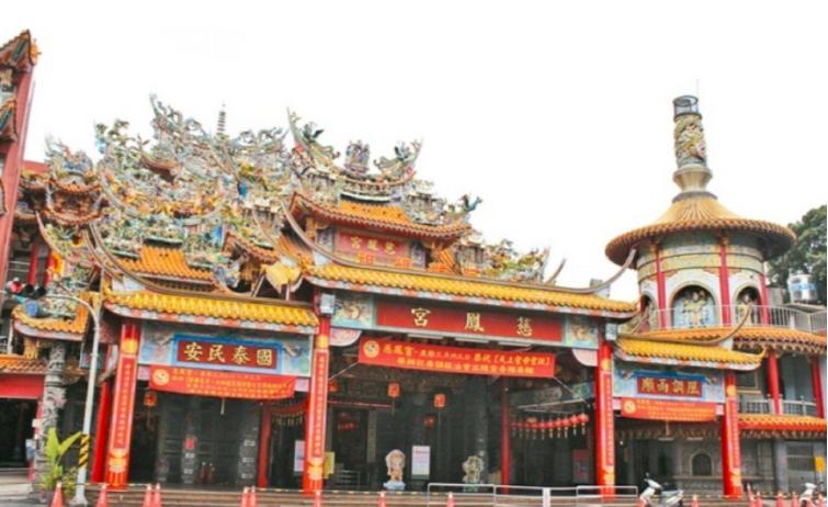 慈鳳宮為屏東市區信仰中心,行程變動更被注目。圖/本報資料照片