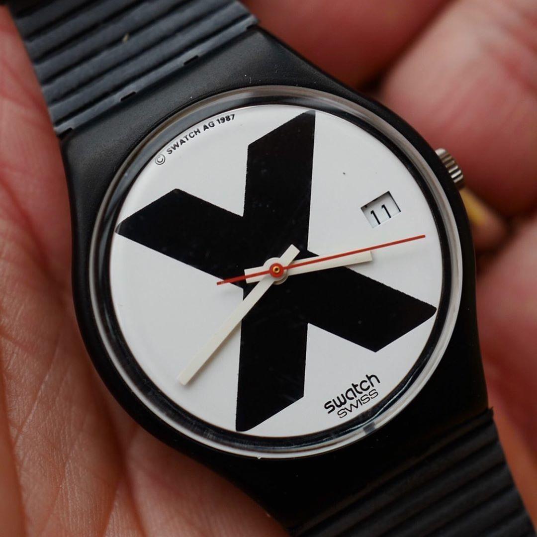 富藝思將在倫敦舉辦Swatch經典作品展售會,讓許多人都倍感興趣。圖/摘自Phi...
