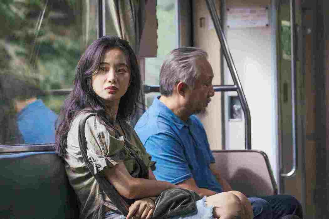 李夢與張曉雄在「那個我最親愛的陌生人」父女對手戲讓觀眾無限感慨。圖/海鵬提供