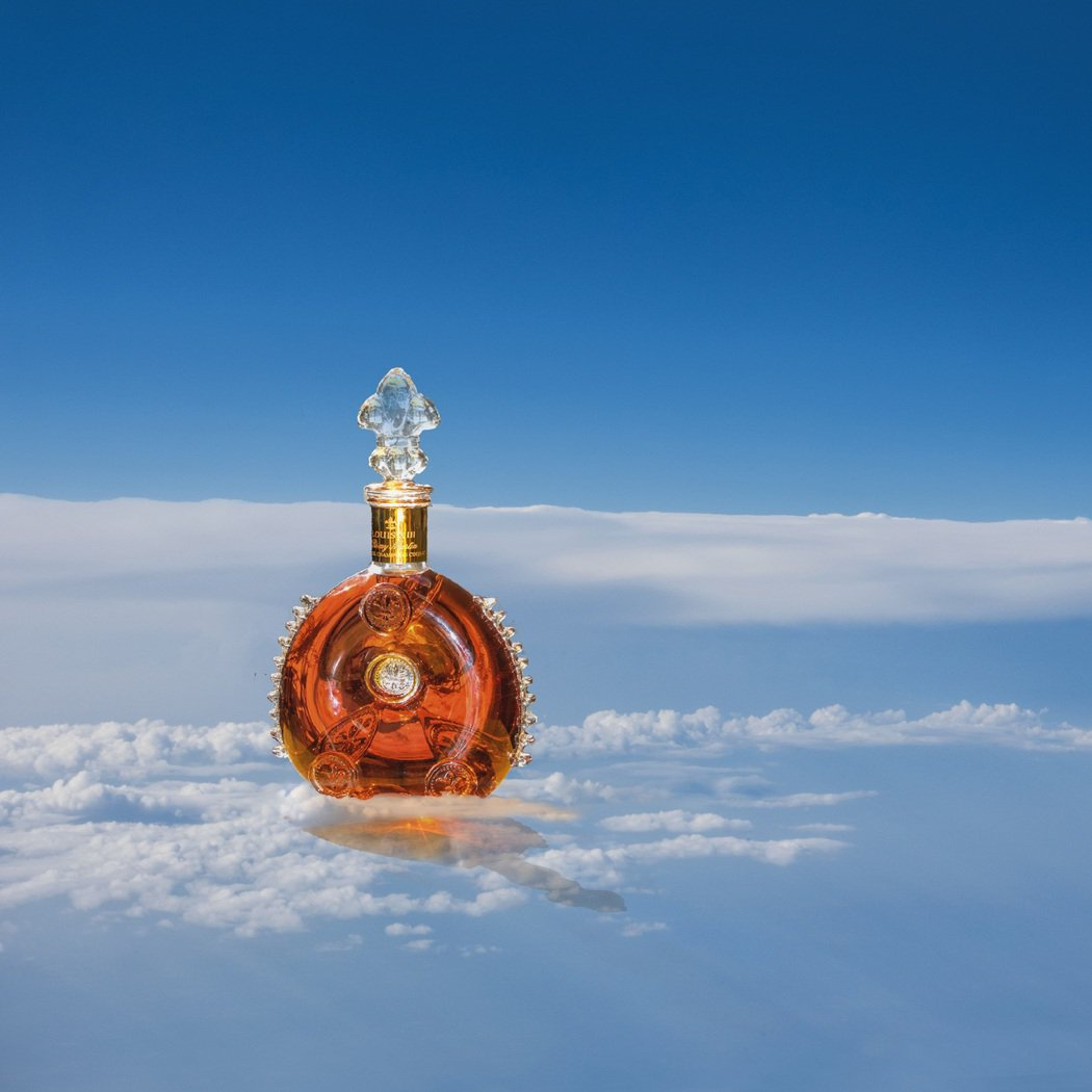 每一瓶路易十三都凝聚了歷代釀酒大師畢生的精湛技藝。業者/提供