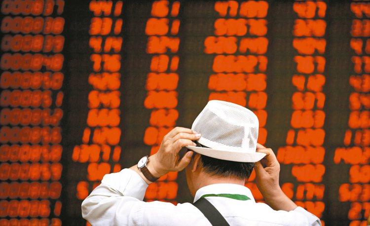 法人表示,陸股消費旺季來臨,概念股營運有望受惠。 美聯社