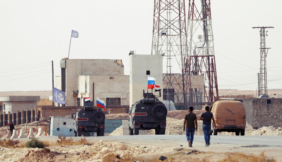 俄羅斯政府表示,俄軍與敘利亞政府軍已收到SDF的增援邀請,並正全力協助阿薩德總統...