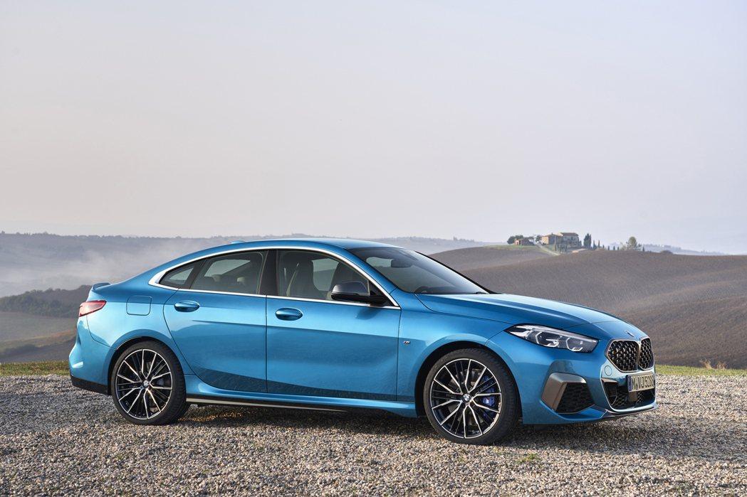 全新BMW 2 Series Gran Coupe (F44) 緊湊身形散發出獨...