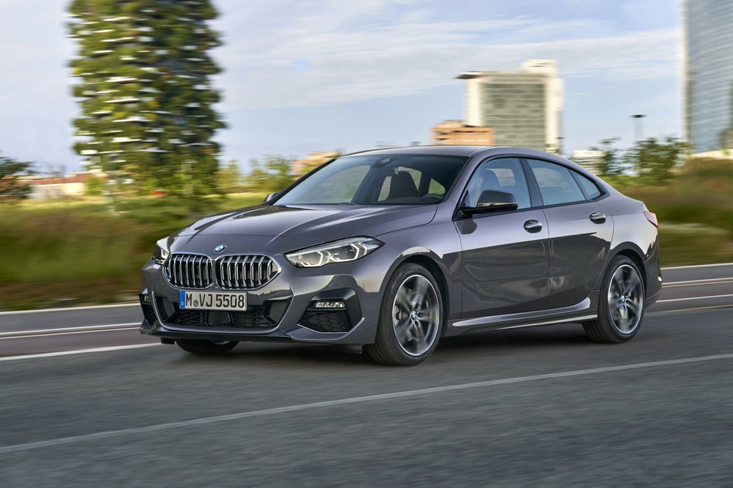 全新BMW 2 Series Gran Coupe (F44)的220d車型搭載...