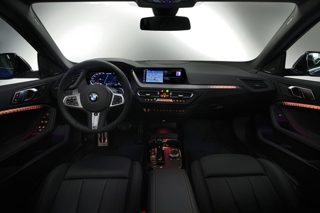 全新BMW 2 Series Gran Coupe (F44) 內裝。 摘自BM...