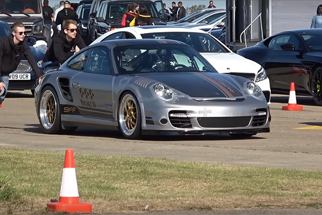 影/快到煞不住 1,800匹馬力的Porsche 911 Turbo!