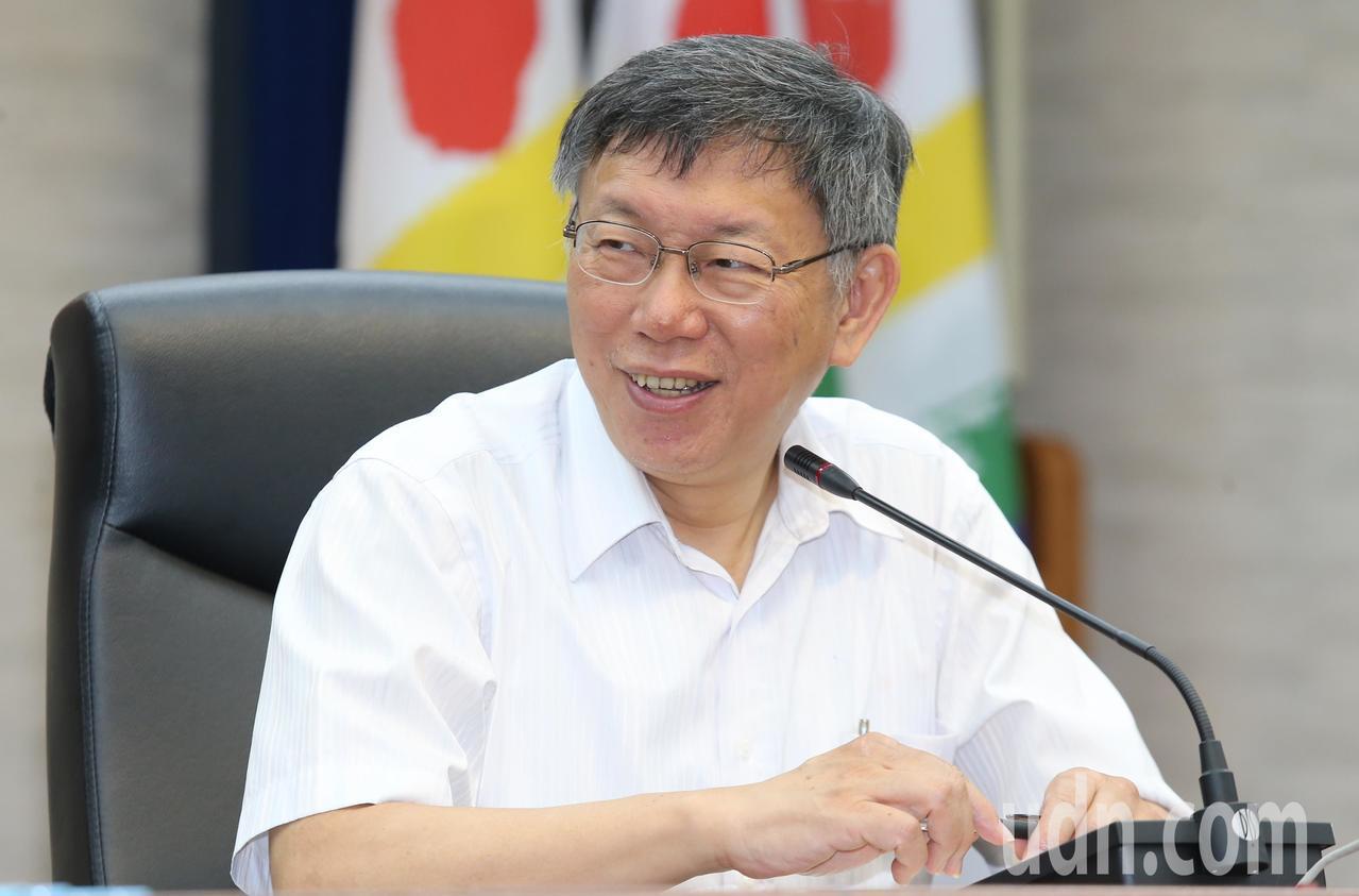 台北市長柯文哲(圖)上午正式介紹議員黃珊珊接任台北市副市長。記者曾學仁/攝影