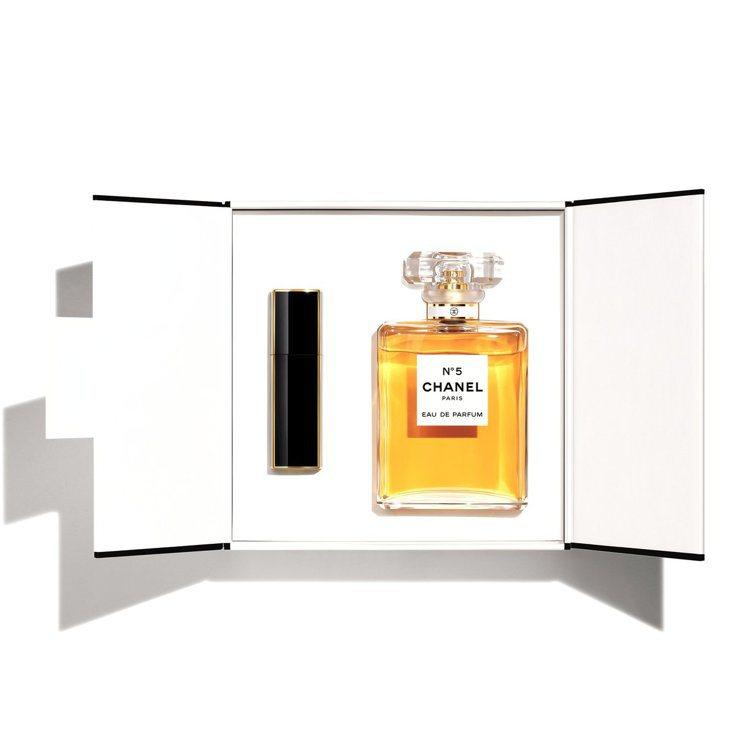 香奈兒N°5 IT限量香水禮盒/6,980元。圖/香奈兒提供