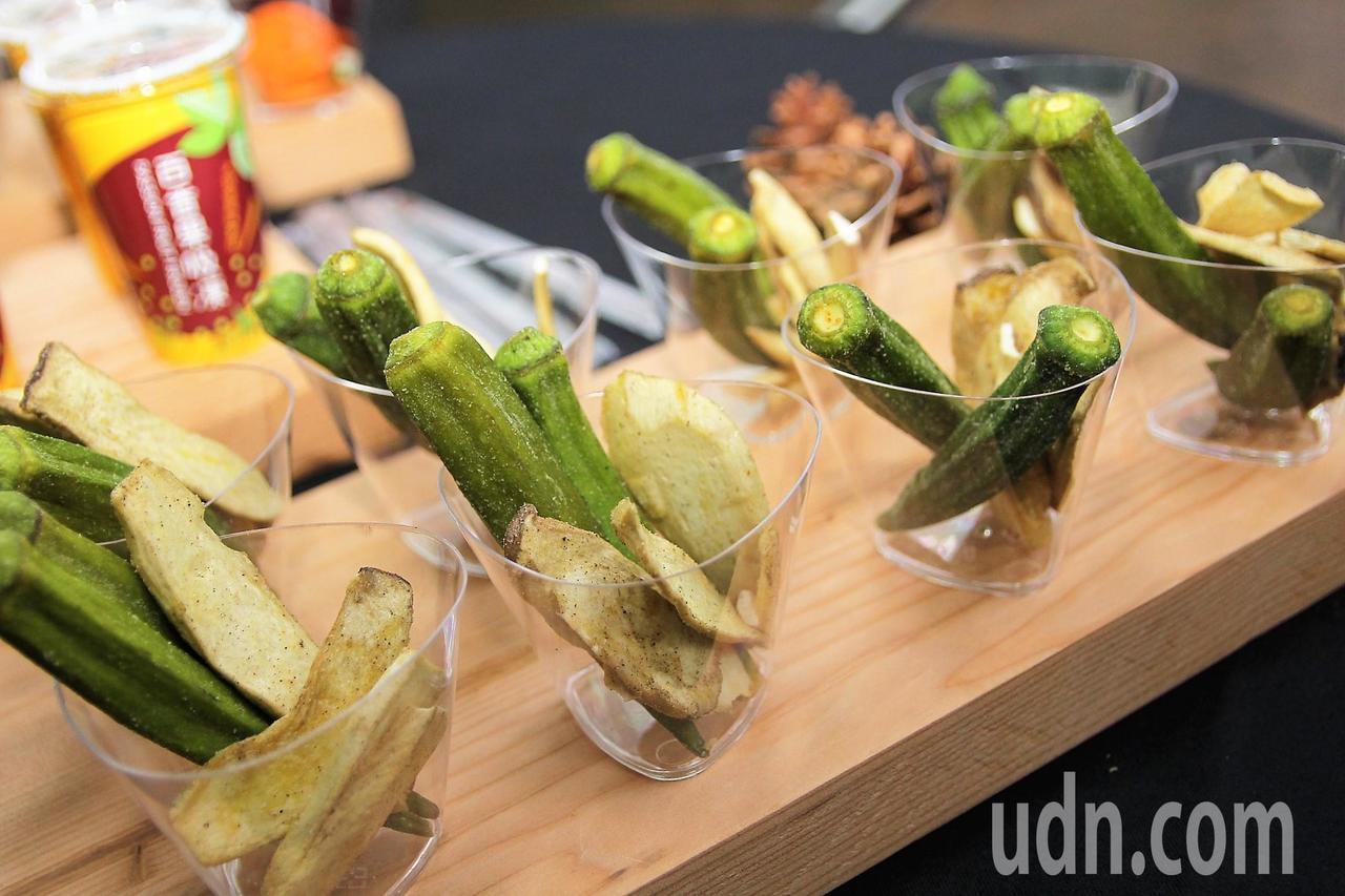 嘉義縣生產的優質農產,本月21日將到新加坡百美超市推廣促銷。記者卜敏正/攝影