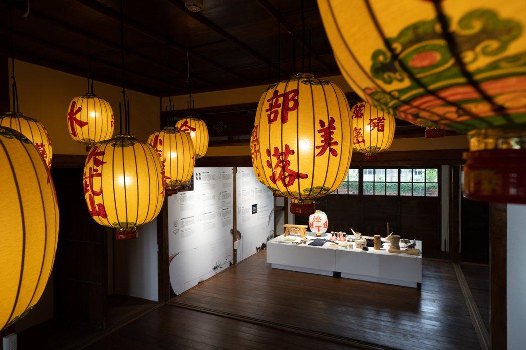 今年台灣設計展在屏東登場,設計師方序中據勝利星村內的房舍空間,重新規劃「吟、土、...