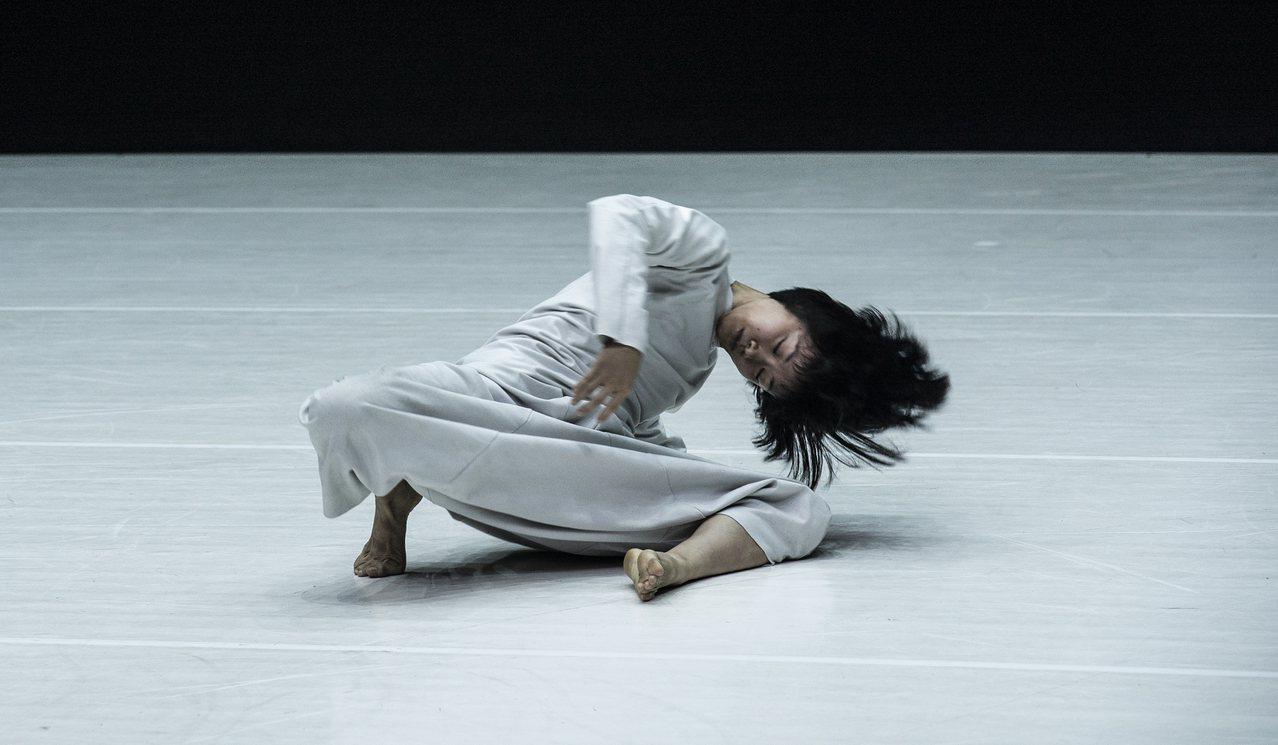 陶冶為雲門舞者創作的「12」。圖/雲門舞集提供
