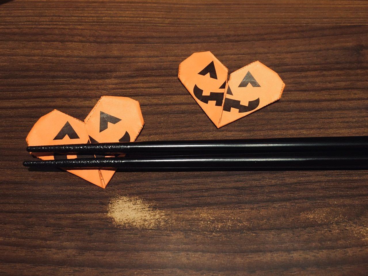萬聖節期間,將會有期間限定的南瓜筷套。圖/一蘭提供