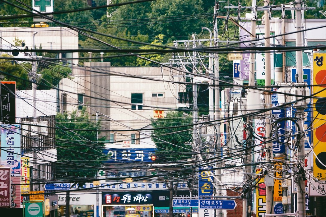 南韓仍有一百七十八萬戶家庭生活在能源貧窮線下,占南韓總人口百分之八。 記者鄭超文...