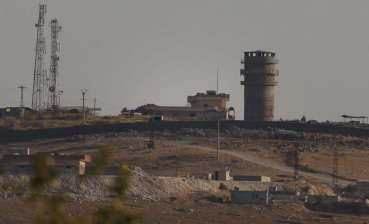 美軍駐在敘利亞北部科巴尼市郊的一個哨站。 (美聯社)