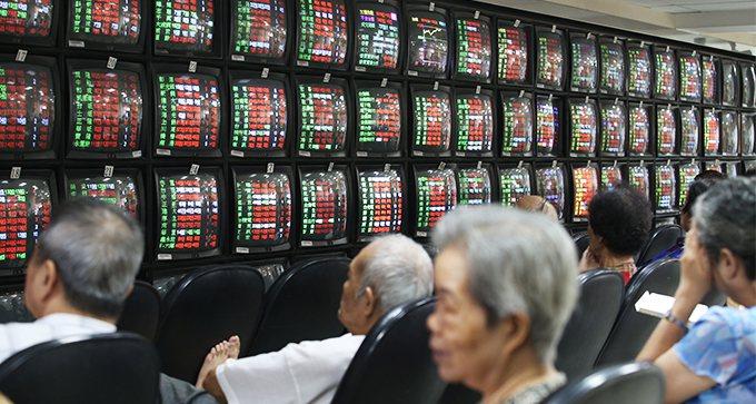 對有經濟學者看好,台股2020年第2季可能站上1萬1800點。 報系資料照